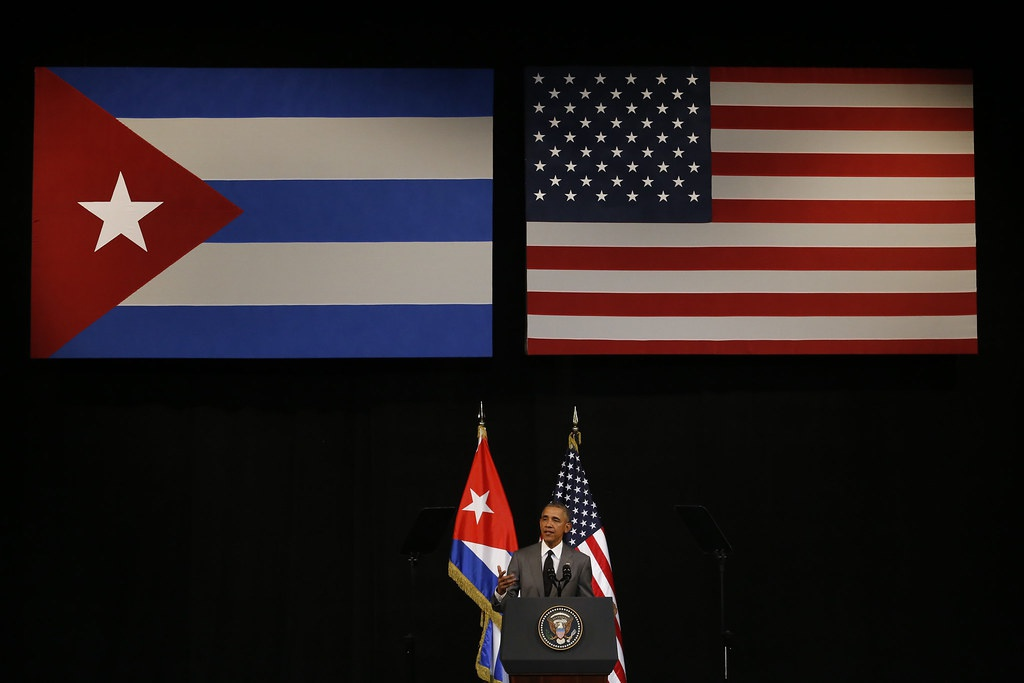 Президент США Барак Обама во время своего выступления перед кубинским народом в Большом театре Алисии Алонсо, транслируемого на всю страну, во время своего визита в Гавану.