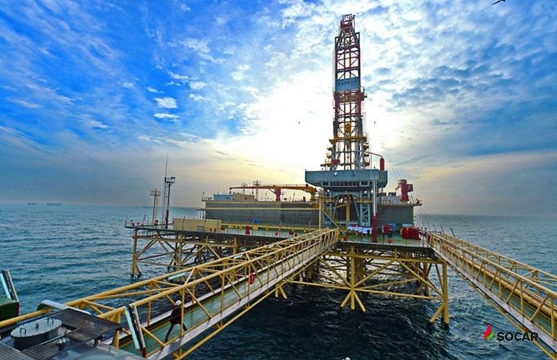Азербайджан обеспечивает 40% спроса Израиля на нефть.