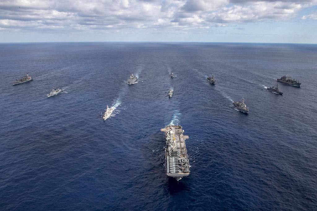 Американский ТОФ в разы сильнее российского ТОФ, в его зоне ответственности находятся целиком Тихий и Индийский океаны.