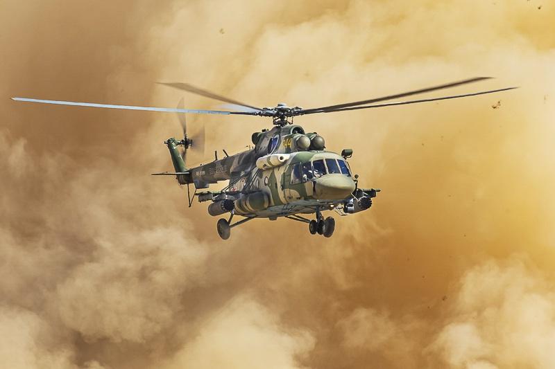 Особо значимую роль в разгроме условных НВФ сыграли боевые самолёты и вертолёты.