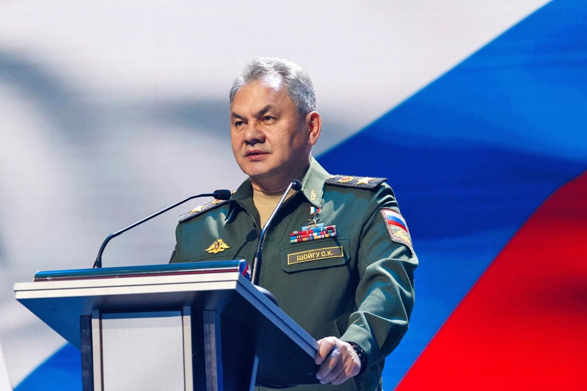Министр обороны Российской Федерации генерал армии Сергей Шойгу заявил, что регулярная практика совместных учений поможет обеспечить безопасность границ государств.