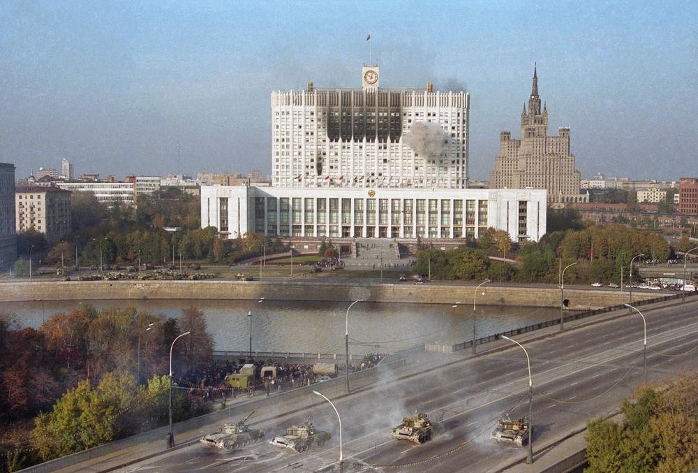 Ликвидация «Вымпела» пришлась на осень 1993 года, после известных печальных событий - обстрела Белого Дома.