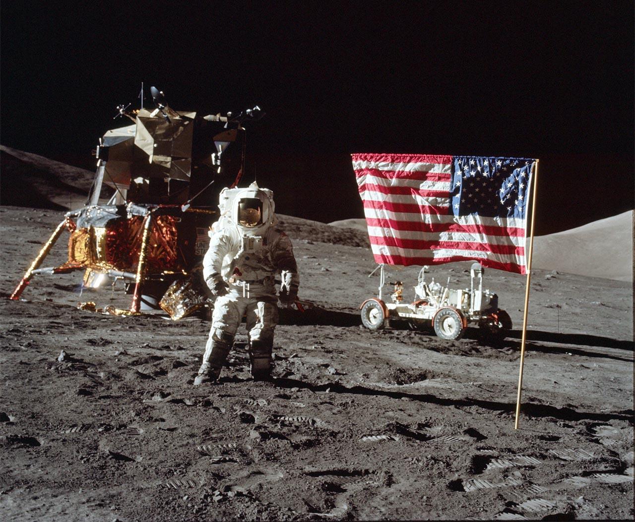 «Аполлон-11» в июле 1969 года совершил посадку на поверхность Луны.