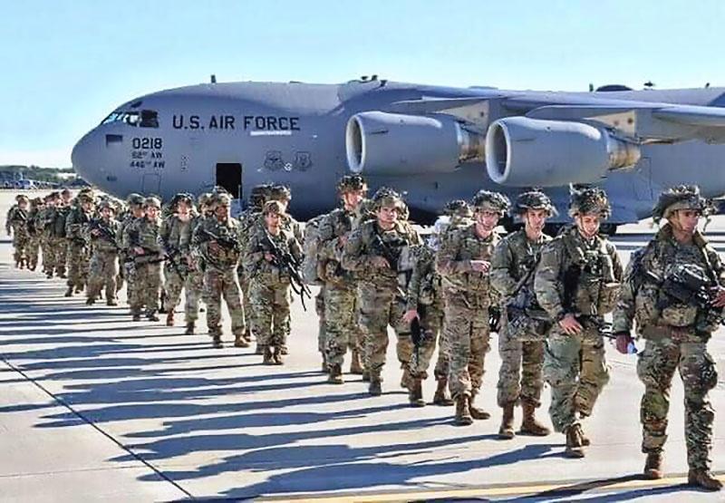 Группировка американских войск в аэропорту Кабула составляет шесть тысяч человек, и американцы готовы её удвоить.