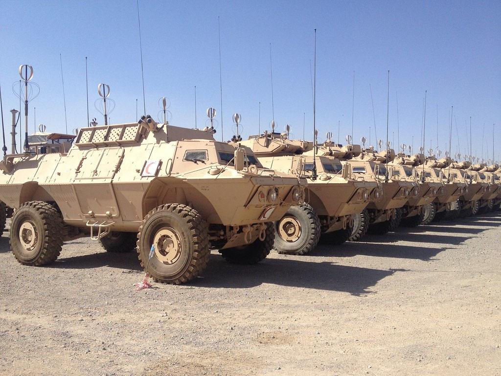 Одних только бронетранспортёров MSFV «Талибану»* досталось 640 штук.