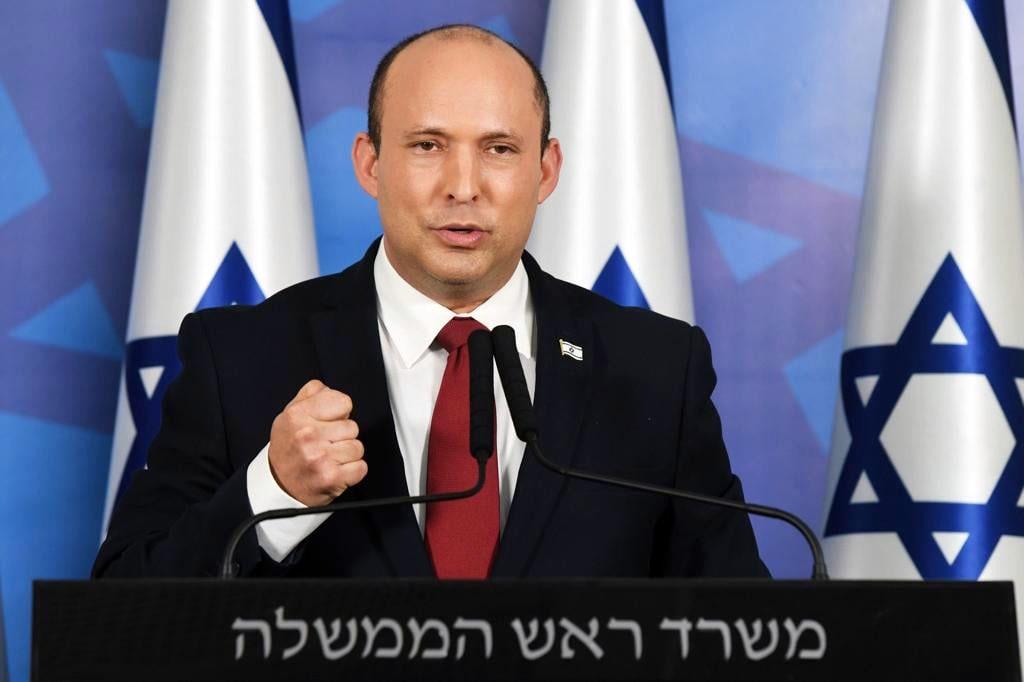 Премьер-министр Израиля Нафтали Беннет выразил сожаление в связи с «постыдным решением» польской стороны.