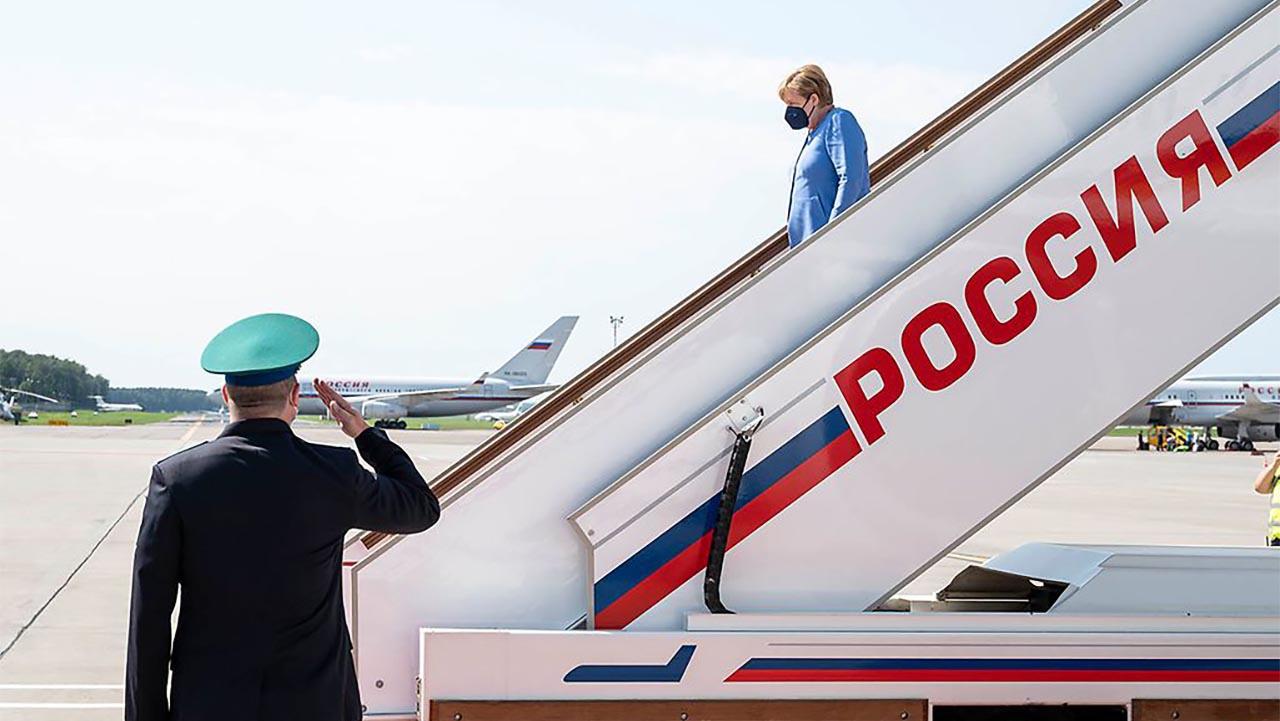 К чему привела челночная дипломатия фрау Меркель?