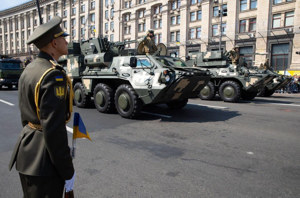 Парад выполнил свою роль развлекательного шоу, но никого не впечатлил как демонстрация военной мощи.