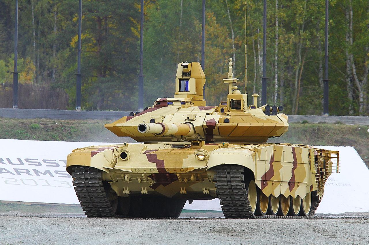 Модернизированные Т-90МС обладают феноменальной надёжностью, высокой защищённостью и манёвренностью.