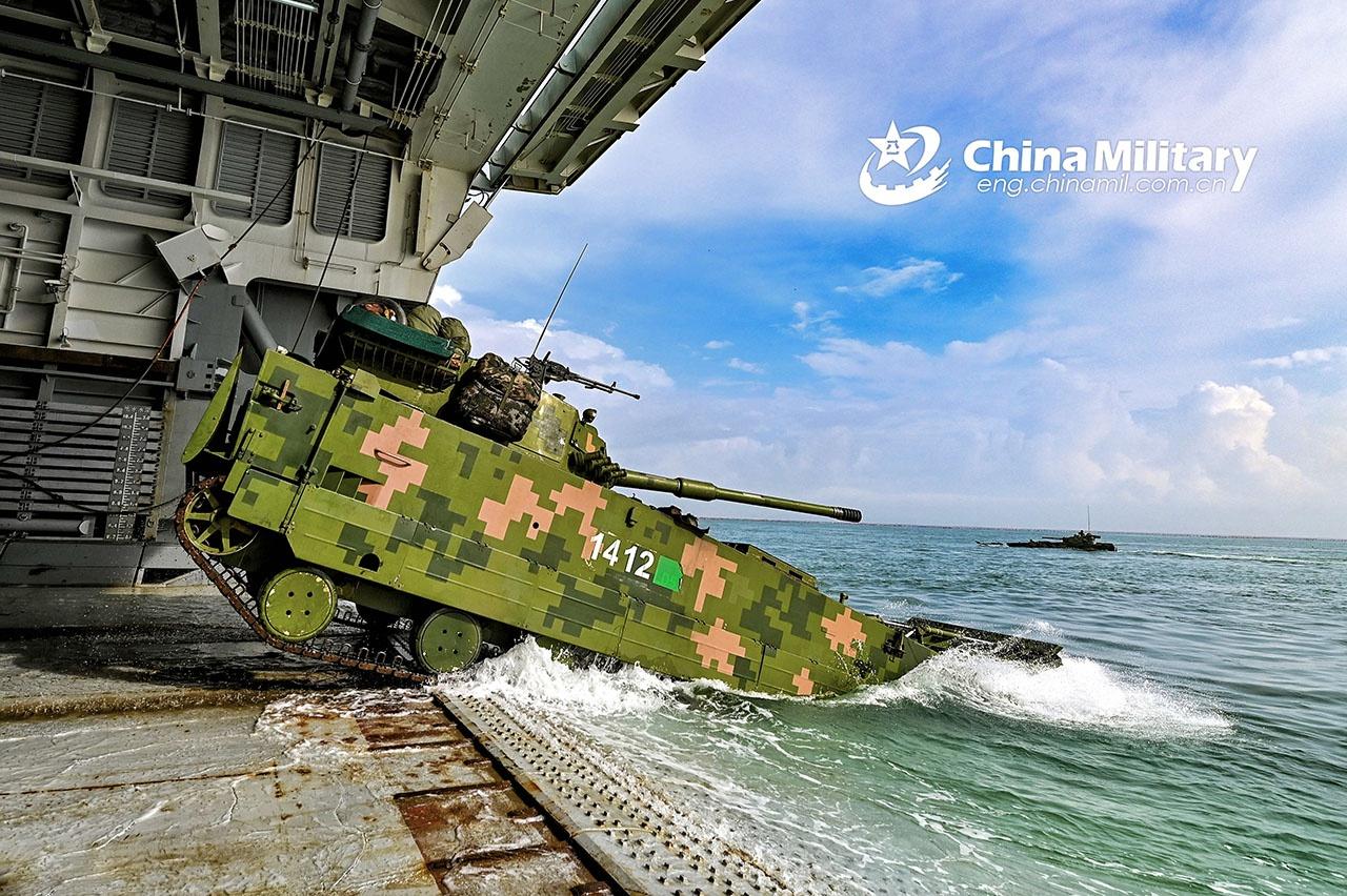 КНР провела учения, где отрабатывался сценарий крупномасштабной операции с участием разных видов войск по высадке десанта и вторжению на остров.