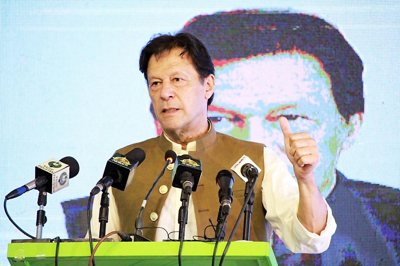 Пакистанский премьер-министр Имран Хан, а также религиозные деятели и пакистанские военные генералы отпраздновали победу талибов в Афганистане.