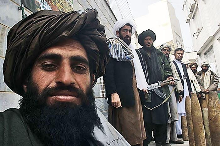 Трудно представить, что пакистанские талибы* останутся в стороне от проблем своих афганских сородичей и единомышленников.