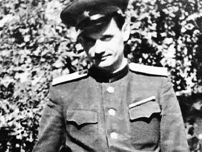 Мурзин мог стать генералом, доктором наук, но ему это было неинтересно.