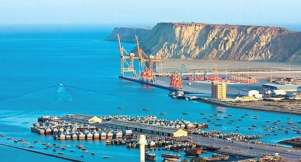Порт Гвадар, построенный Китаем в 2007 году и являющийся частью китайско-пакистанского экономического коридора стоимостью более 60 миллиардов долларов.