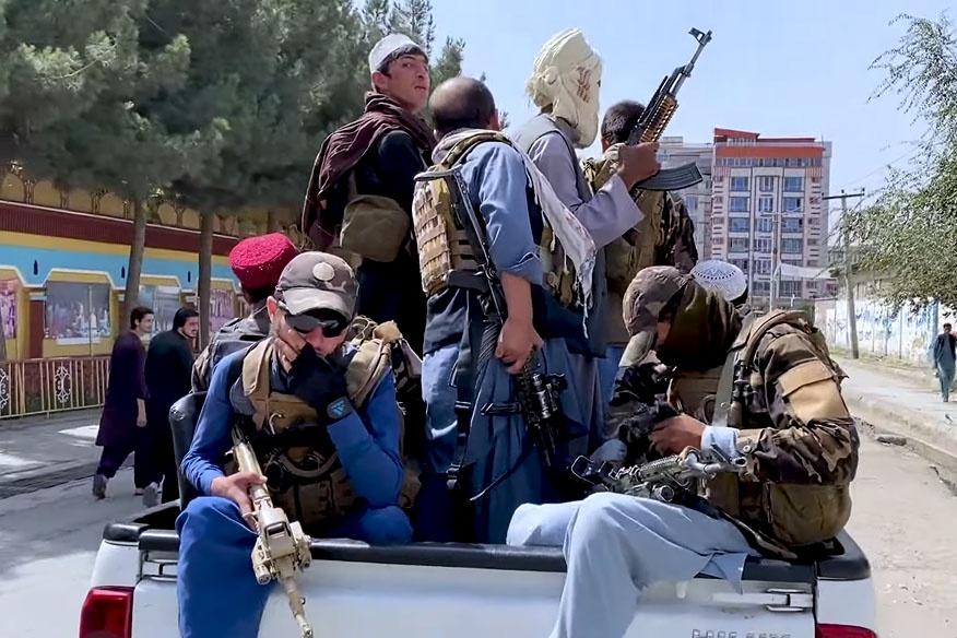 «Талибан» патрулирует улицы Кабула, следит за соблюдением строгих законов шариата.