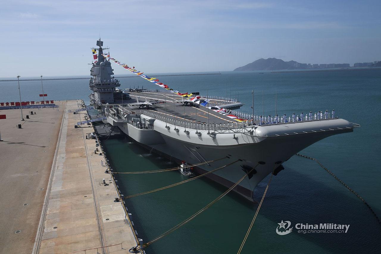 ВМС НОАК при поддержке ВВС НОАК способны организовать жёсткую дальнюю и ближнюю морскую и воздушную блокаду Тайваня.