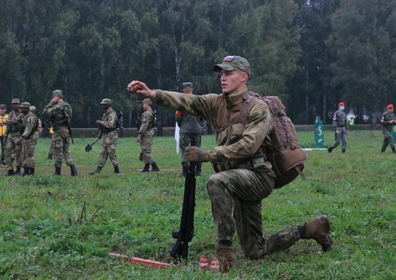 Военнослужащих из более четырёх десятков государств мира приняли участие в конкурсах военных профессионалов.