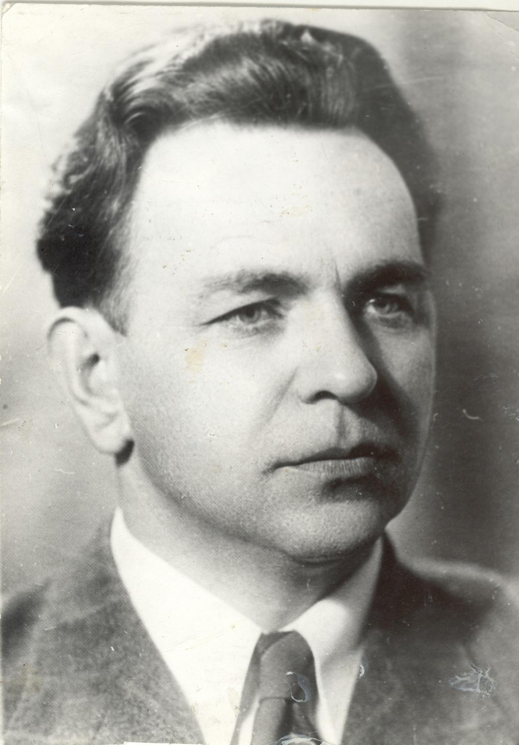 Советский разведчик Михаил Иванов.