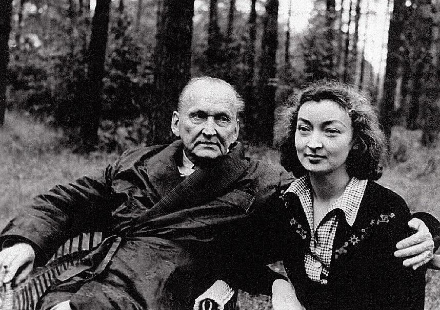Александр Вертинский с женой.