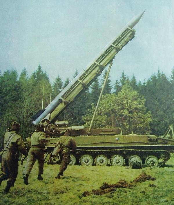 Комплекс 2К6 «Луна» в войсках.