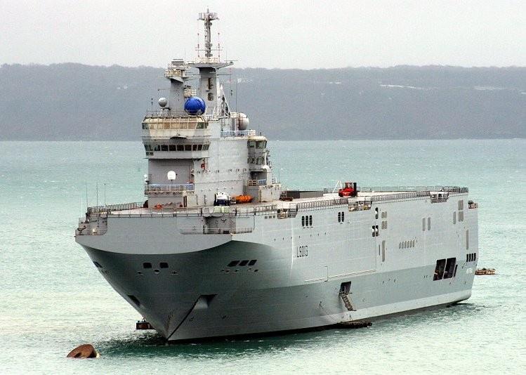 Контракт на строительство и поставку для ВМФ России двух кораблей типа «Мистраль» был подписан в июне 2011 и расторгнут в 2015 году.