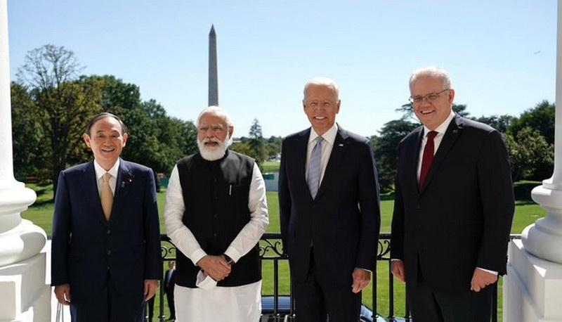 25 сентября в Вашингтоне состоялся первый очный саммит лидеров этой структуры - Джо Байдена, а также премьеров Австралии, Индии и Японии Скотта Моррисона, Нарендра Моди и Ёсихидэ Суга.