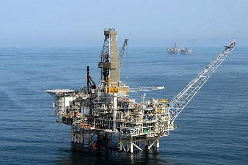 Каспийский регион очень богат нефтью и газом.