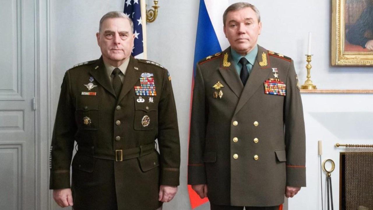 Начальник Генштаба ВС РФ Валерий Герасимов и председатель Комитета начальников штабов Вооружённых сил США Марк Милли провели встречу в Финляндии.
