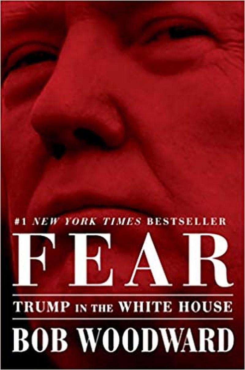 Бестселлер «Страх: Трамп в Белом доме», принадлежащий акулам пера Бобу Вудворду и Роберту Коста.