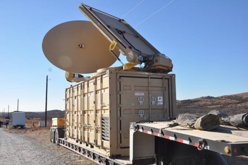 Сверхвысокочастотную систему оружия Phaser Raytheon испытывает с 2013 года.