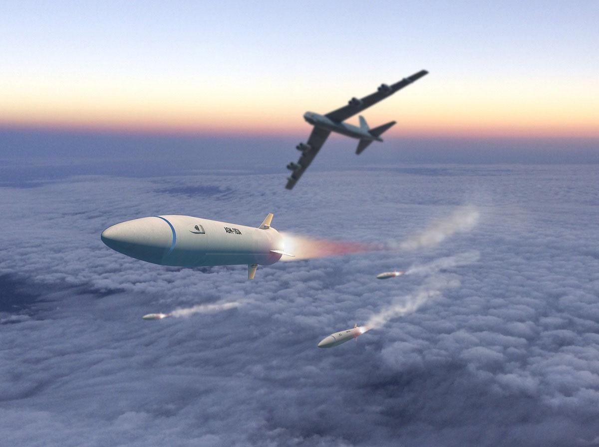 Lockheed Martin хочет до конца 2022 г. довести скорость новейшей американской гиперзвуковой ракеты AGM-183A до 8 Махов, а дальность полёта - до 1600 км.