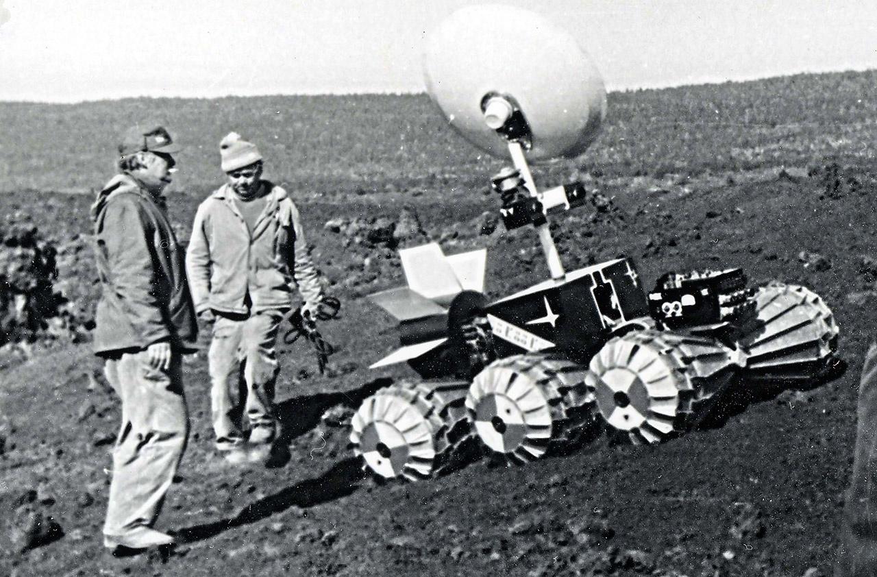 Первые испытания Лунохода проходили на Камчатке.