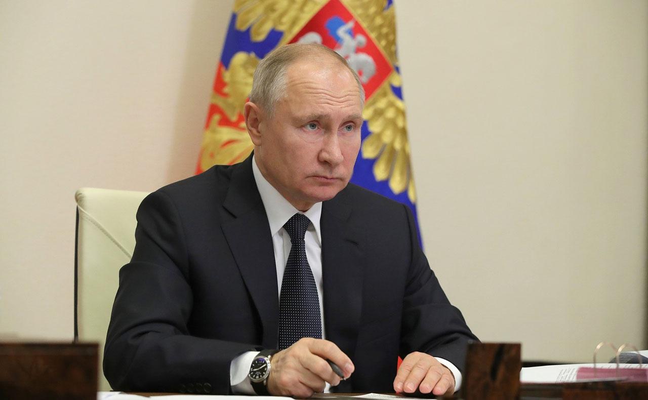 Верховный Главнокомандующий Вооружёнными силами Российской Федерации Владимир Путин на расширенном заседании Коллегии Министерства обороны РФ.