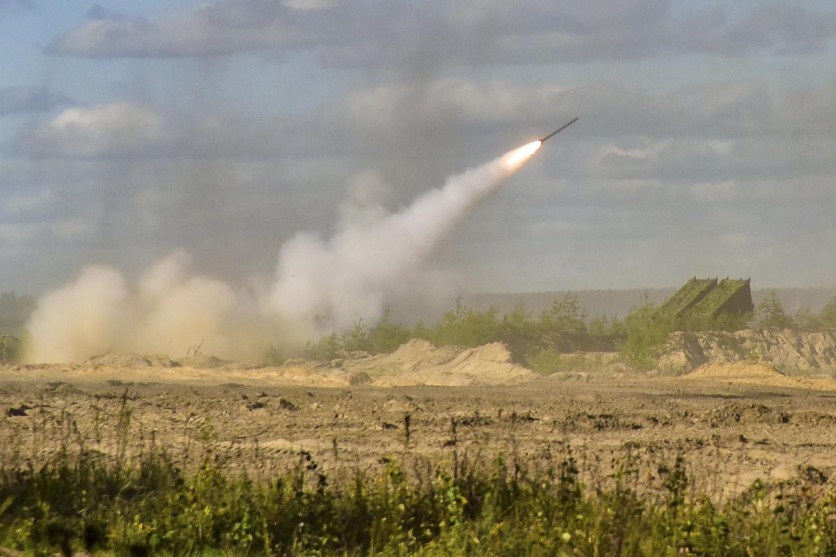 Боевые расчёты разведывательно-огневого комплекса «Земледелие» подорвали дистанционно установленное минное поле.