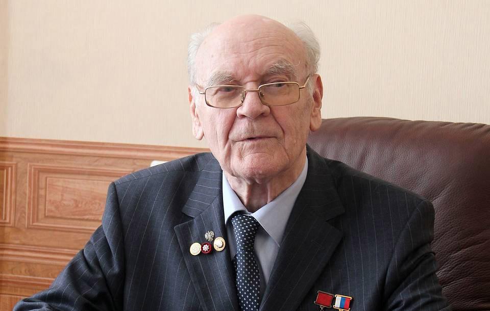 Почётный гендиректор и почётный генеральный конструктор НПО машиностроения Герберт Ефремов.