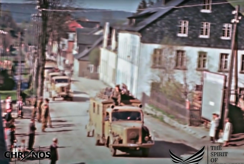 Наши союзники с минимальными препонами пропускали через свои боевые порядки бегущие с Востока немецкие механизированные колонны.