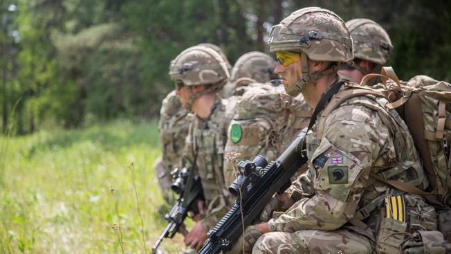 Британские солдаты в составе НАТО