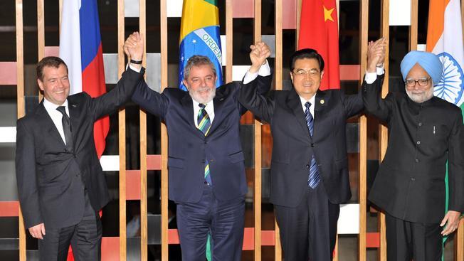 На втором саммите БРИКС в 2010 году вместе Дмитрием Медведевым и лидерами Китая и Индии