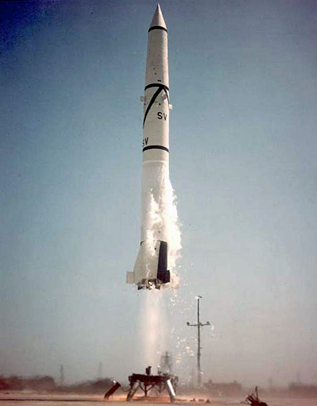 Баллистическая ракета PGM-11A Redstone