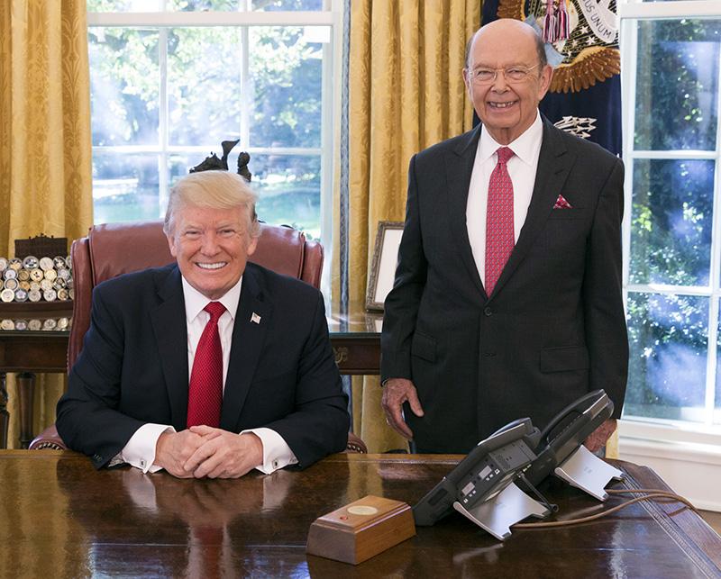 Президент США Дональда Трампа и министр торговли США Уилбур Росс