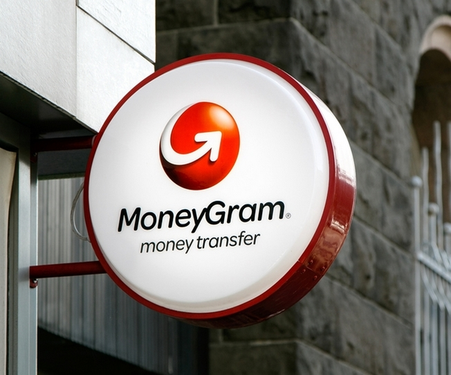 Запрет на продажу китайской компании MoneyGram International