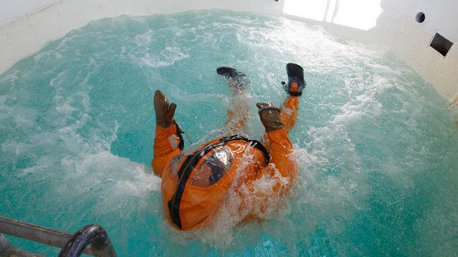 Российские акванавты готовятся к погружению на рекордную глубину - 400 метров