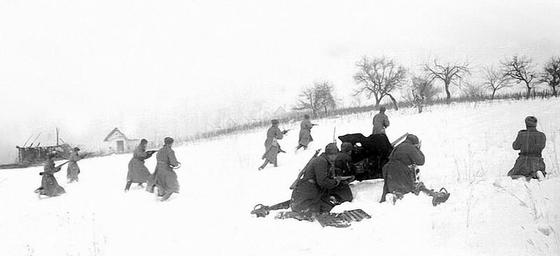 В атаке пехота