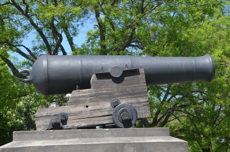 Пушка с фрегата «Тигр» в Одессе