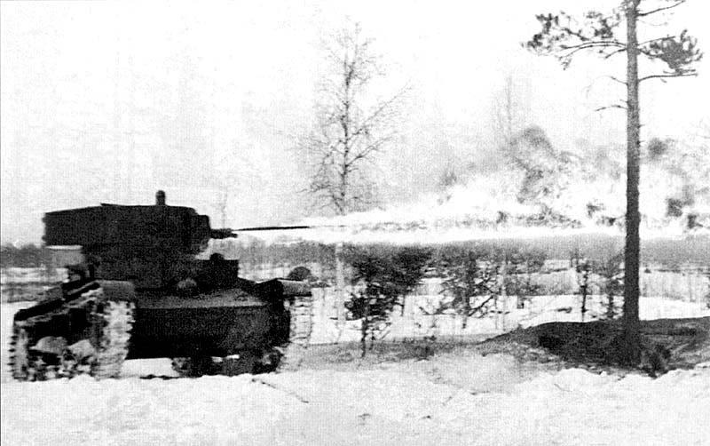 Легкий химический танк ХТ-130