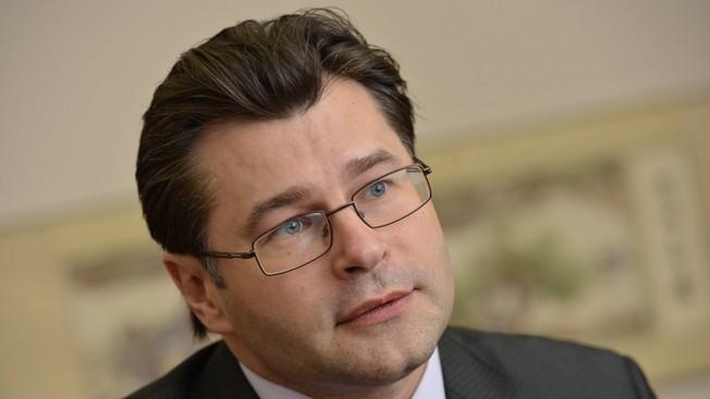 Политолог Алексей Мухин: «На политических репутациях Мэй и Трампа теперь кровавые пятна»