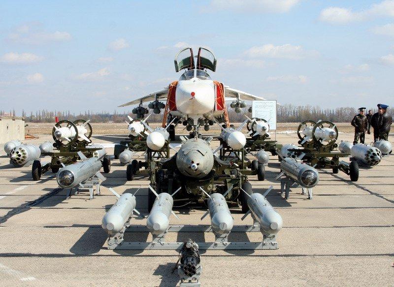 Су-24 полная бомбовая нагрузка - 6 тонн