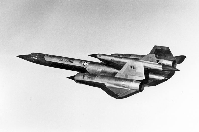 Lockheed D-21 зарепленный на бомбардировщике М-21