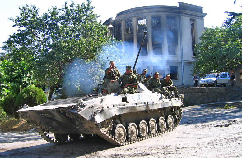 БМП-2 во время событий в Южной Осетии.