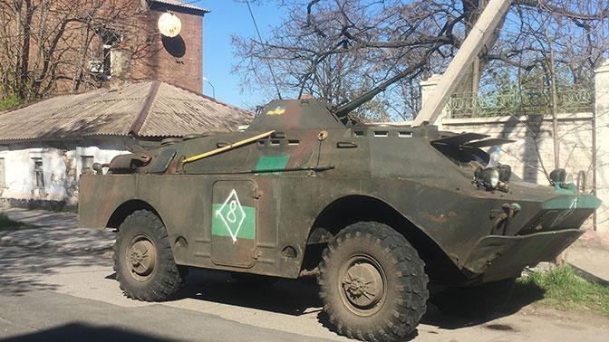 В Мариуполь для контроля избирательных комиссий стянули бронетехнику